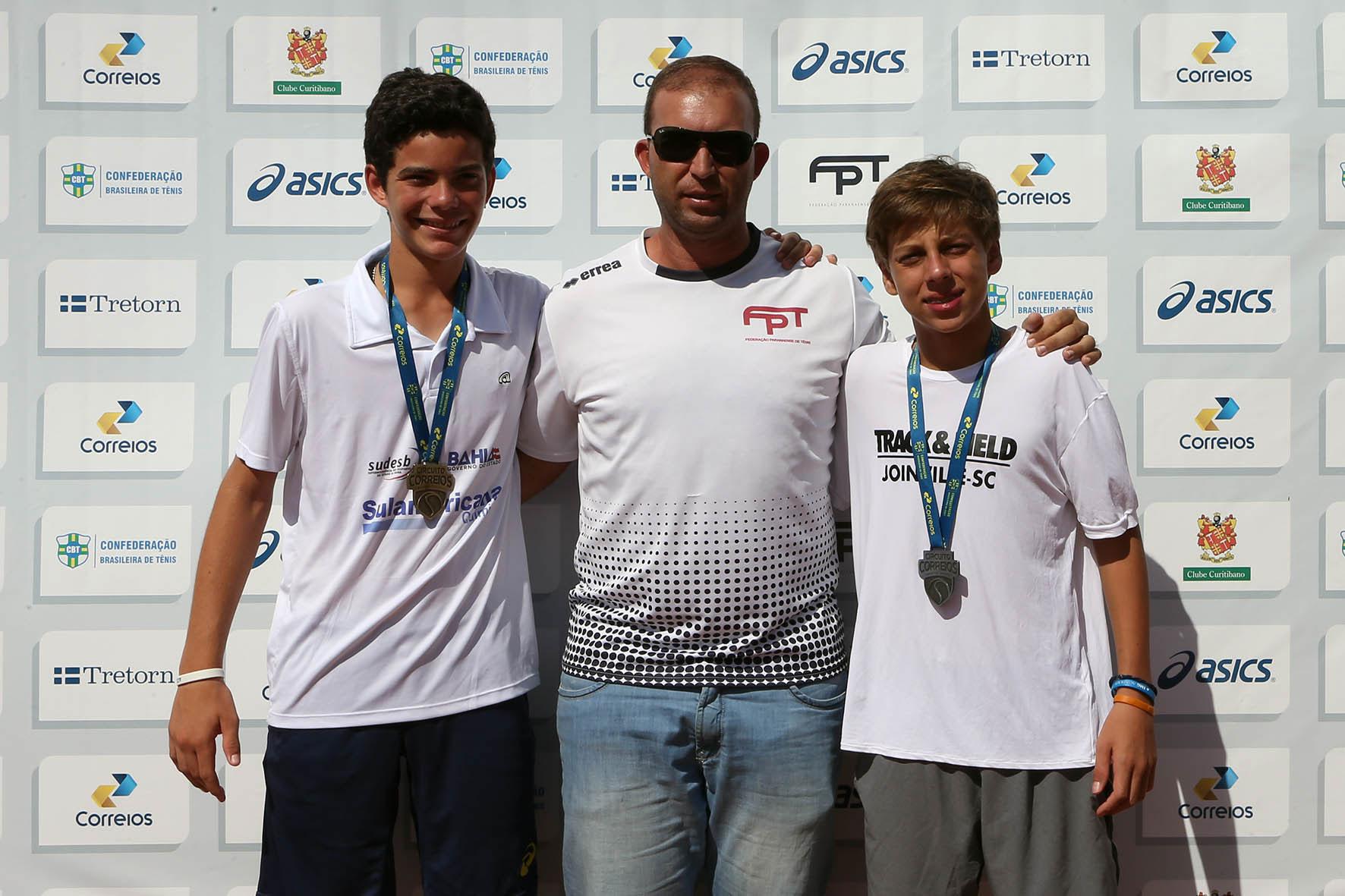 Natan Rodrigues é campeão da 1ª etapa do Circuito CBT em Curitiba (PR)