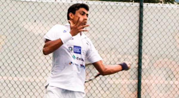 Thiago Monteiro avança às quartas em Le Gosier