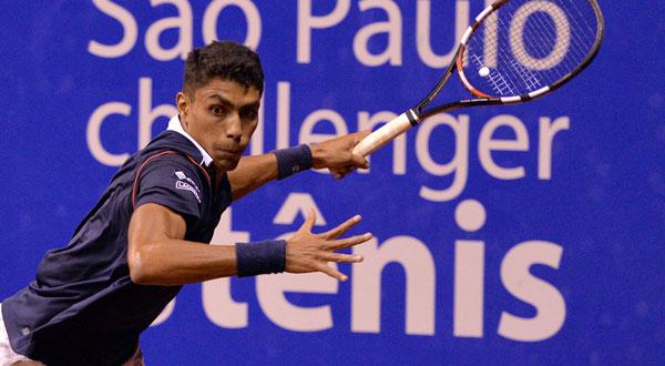 Thiago Monteiro vai às quartas em São Paulo