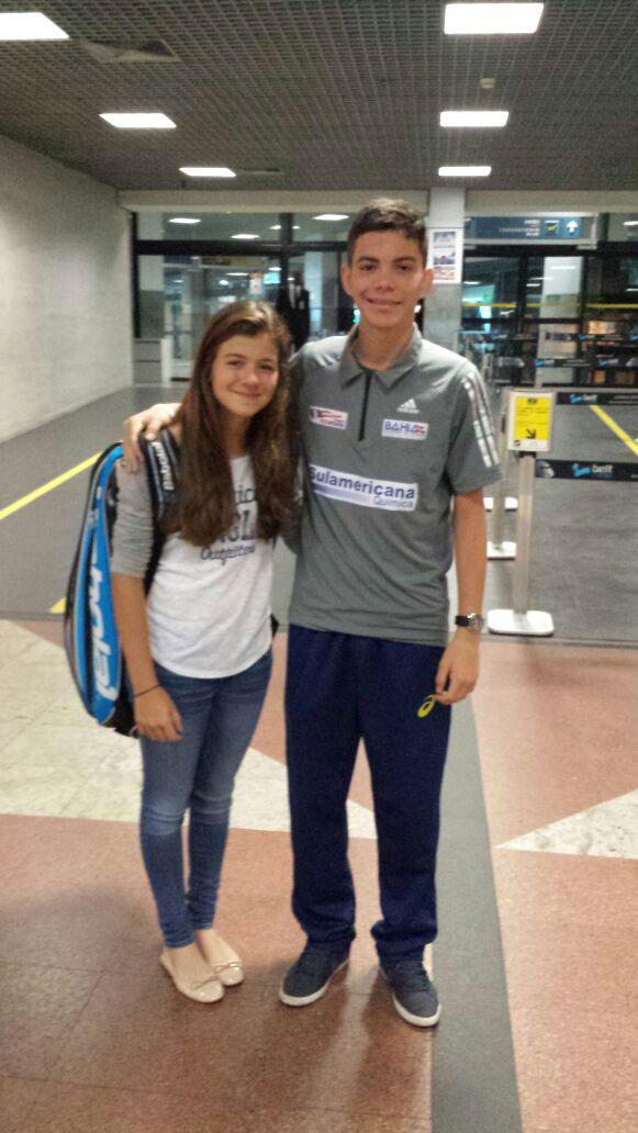Maria Menezes embarca para gira na Europa e Mundial de 14 anos