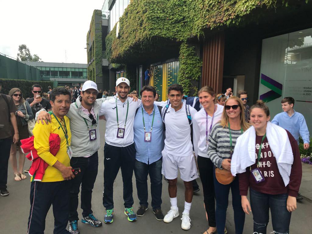 Thiago Monteiro e Bia Maia avançam em Wimbledon