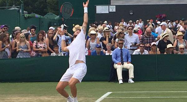 Marcelo Demoliner nas quartas de dupla mista em Wimbledon