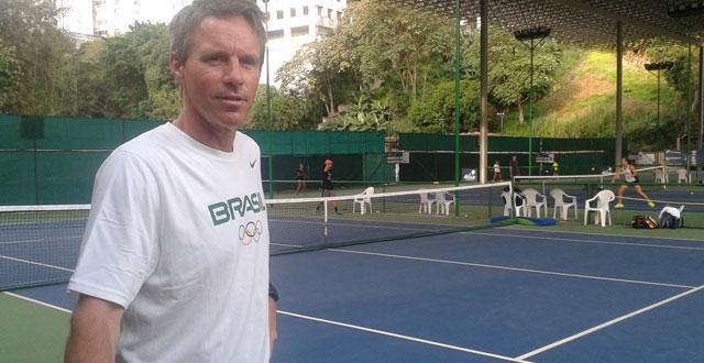Diretor do tênis juvenil da CBT elogia o Bahia Juniors Cup, destaca potencial de crescimento do evento e aponta dificuldade na transição dos brasileiros: 'Desistem muito cedo'