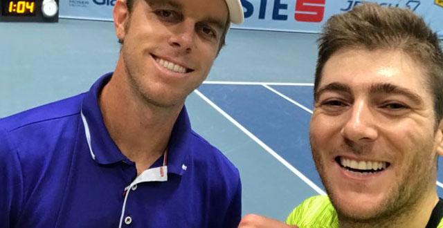 Marcelo Demoliner vence irmãos Bryan, alcança maior vitória da carreira e vai à semi no ATP 500 de Viena