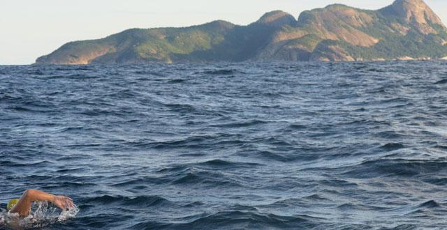 Bicampeão Mundial e lendas da maratona aquática do Brasil participam da Volta à Nado do Arquipélago de Alcatrazes